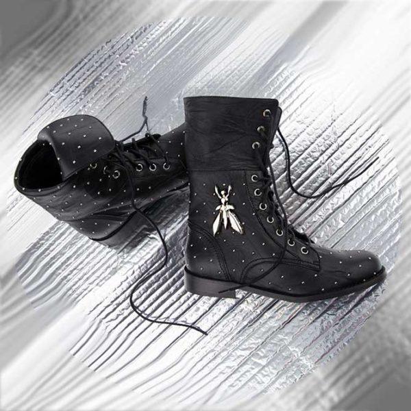 black_boots